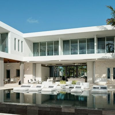 Villa AWA